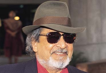 V. S. Naipaul Stirs Up Male-Chauvinistic Controversy with His Sexist Remarks